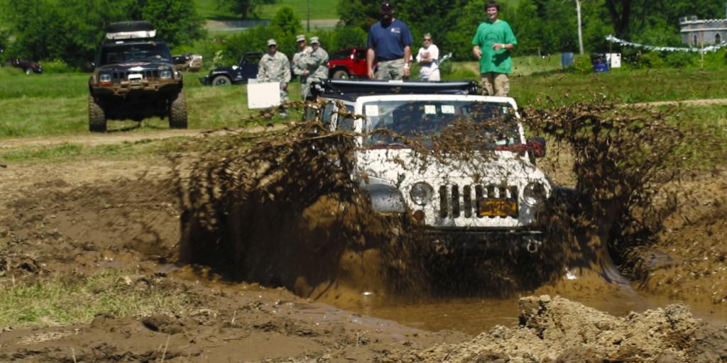 xbantam-festival-mud-pit.jpg.pagespeed.ic.SGF7uo03_v