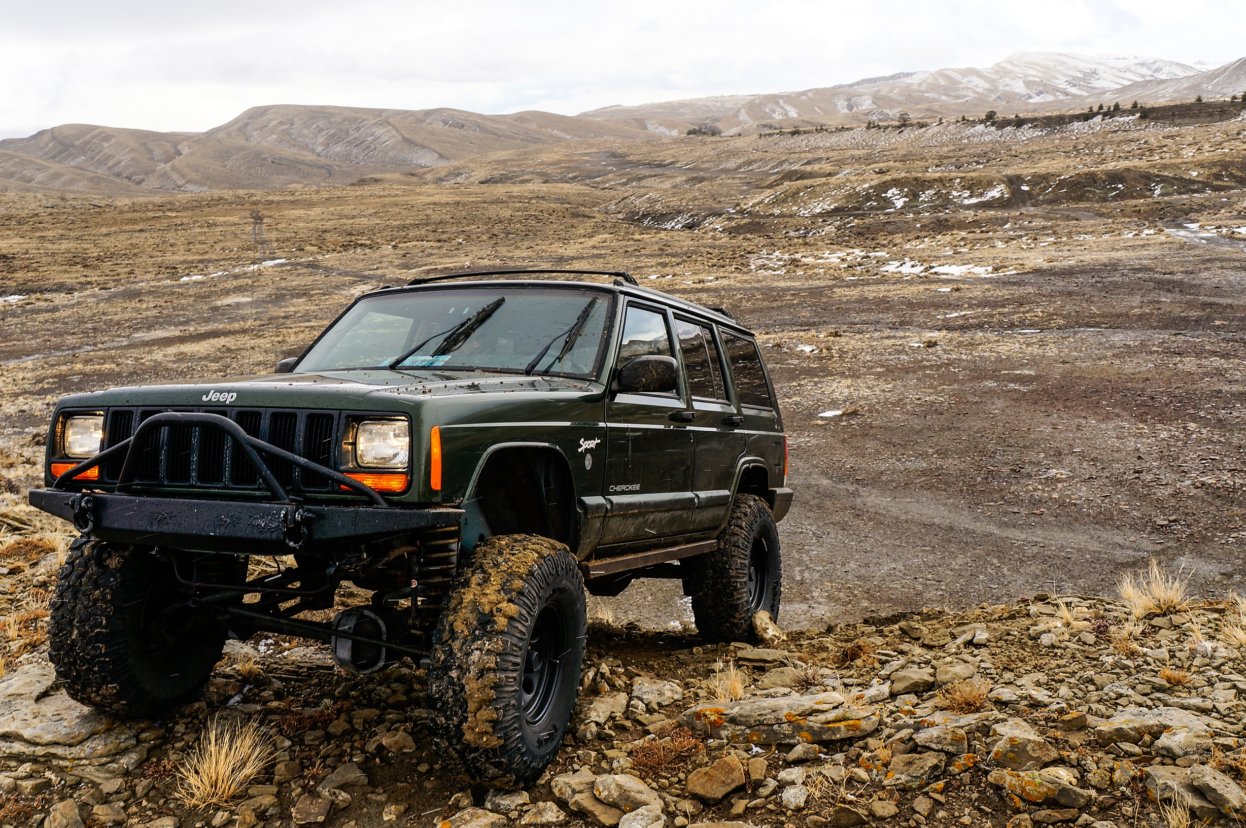 A Tribute To The Straight Six Jeep S Legendary 4 0l