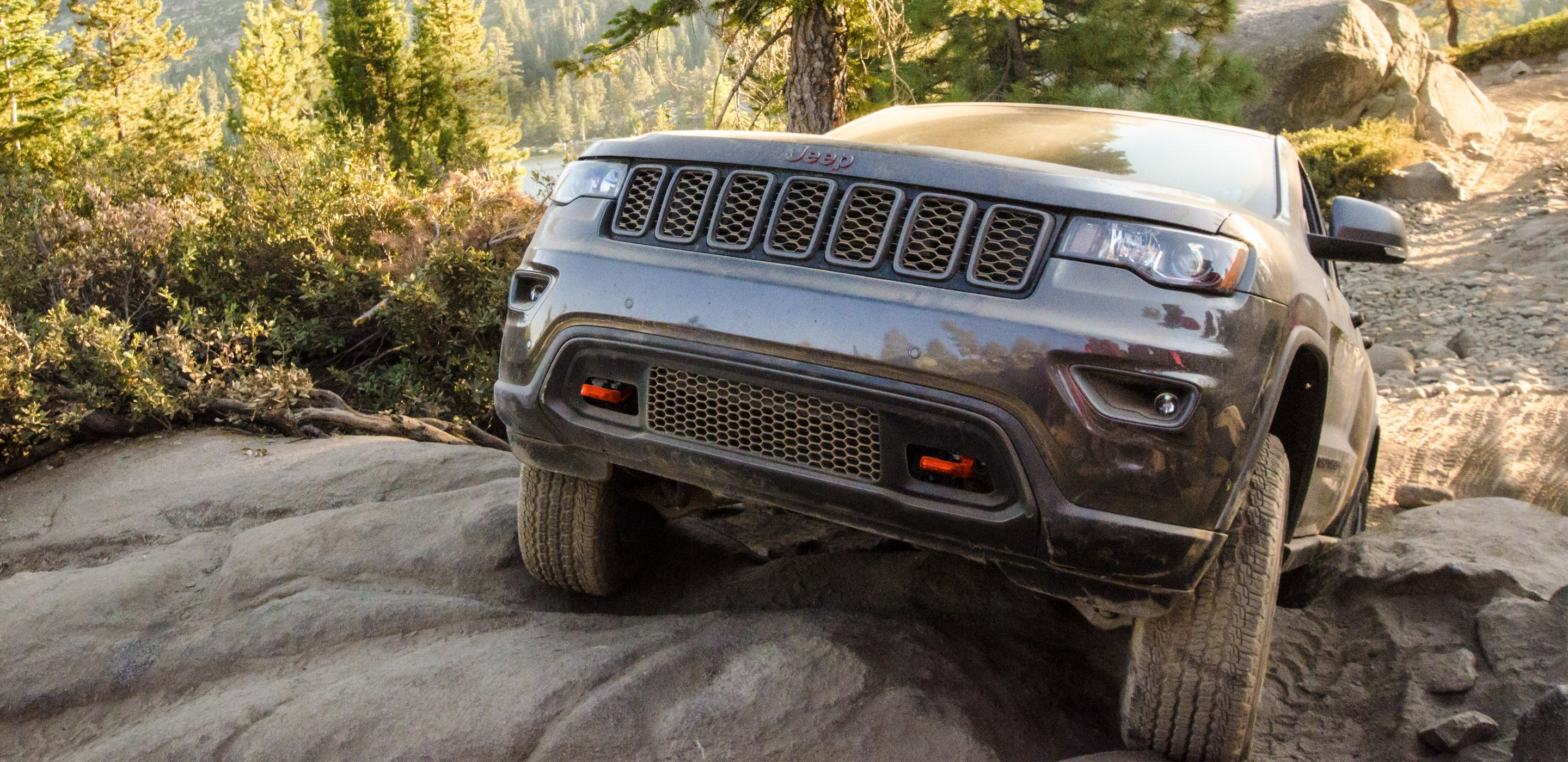 grand cherokee driving emissions jeep diesel in resolve issues s files fix u summit news effort auto to fca